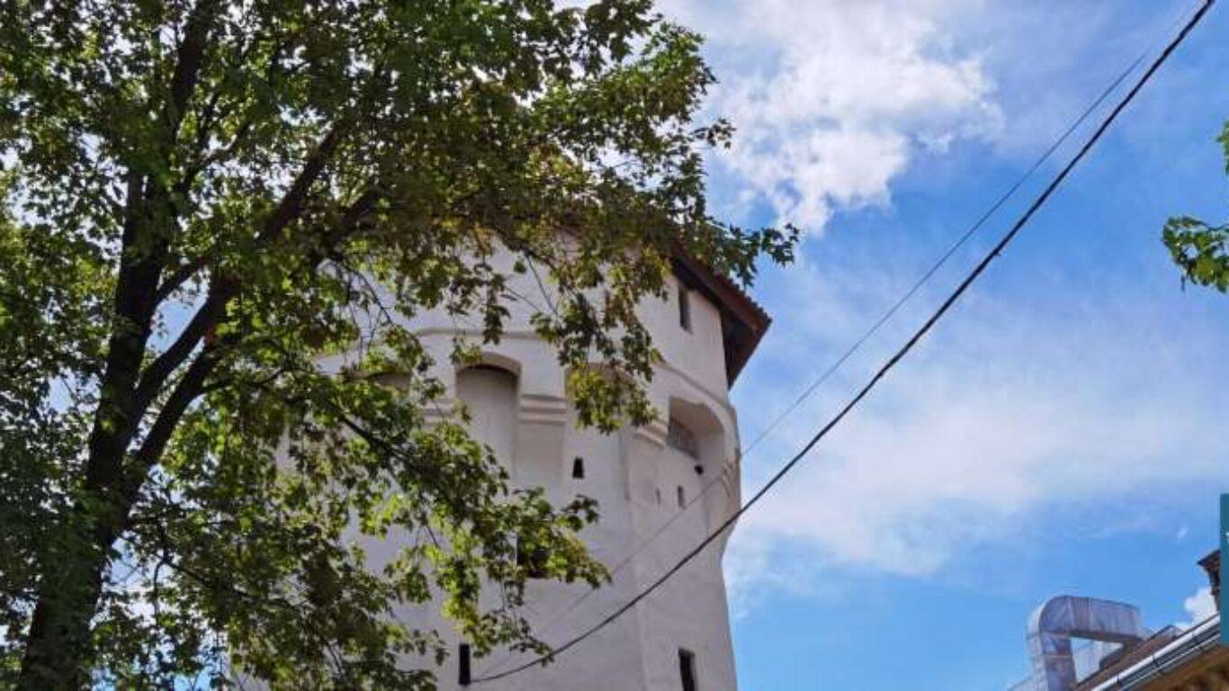 Turnul Archebuzierilor si Panzarilor Sibiu Transfagarasan Romania