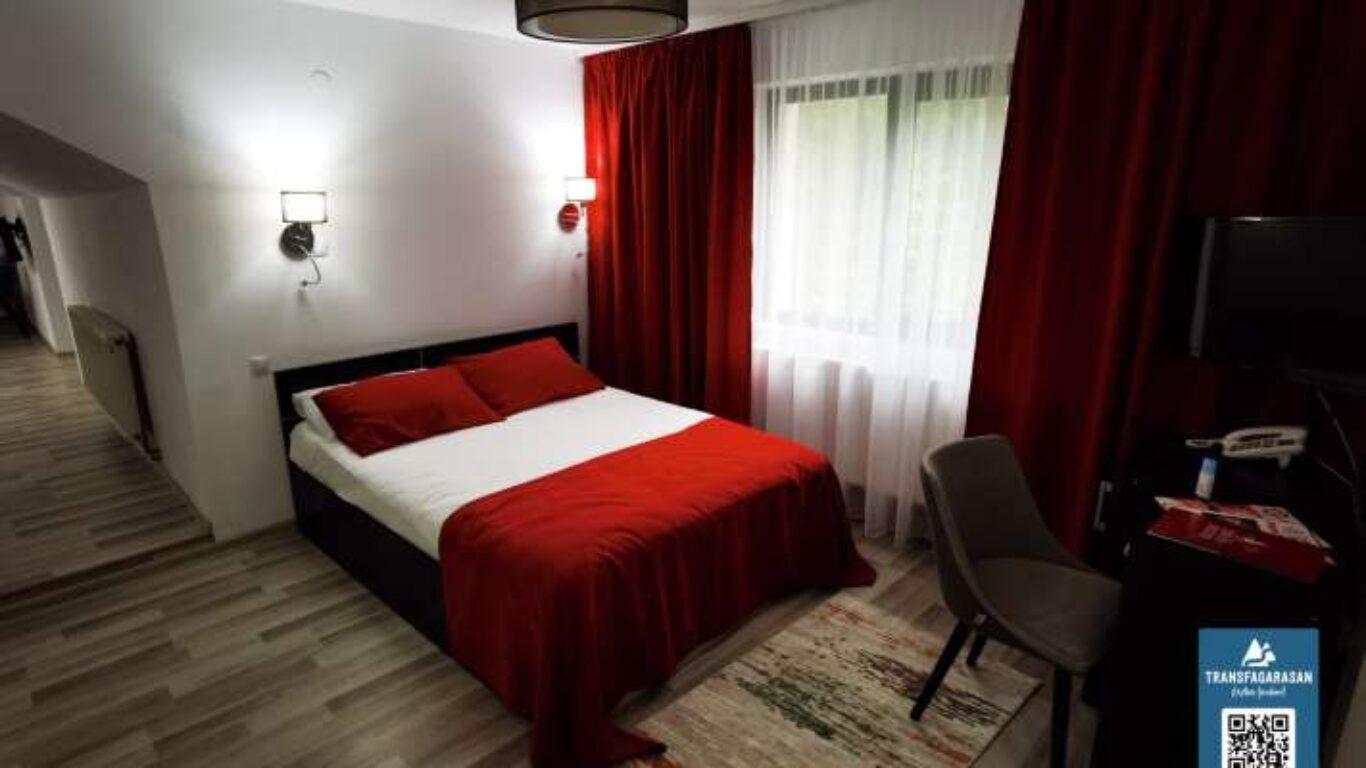 Apartament 201 Hotel Piscul Negru Transfagarasan Romania