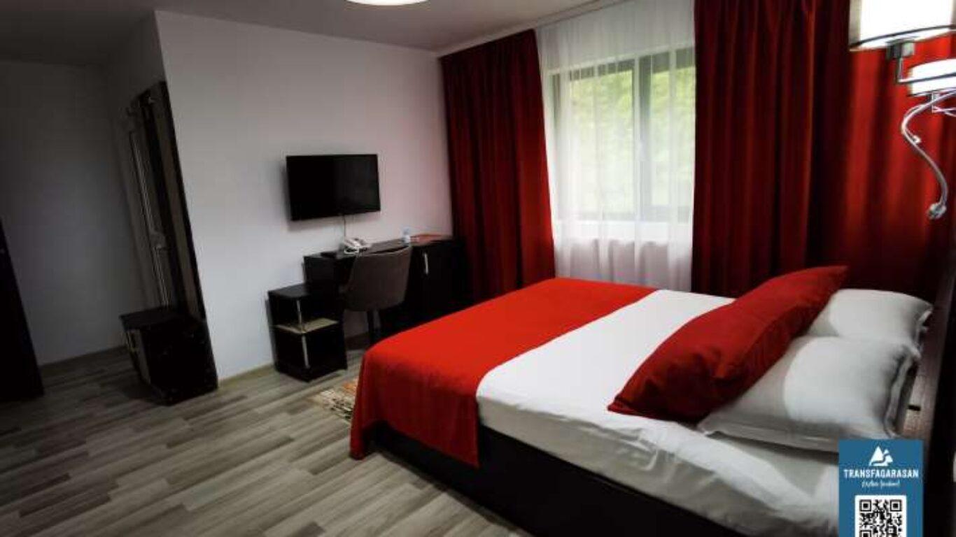 Apartament 202 Hotel Piscul Negru Transfagarasan Romania