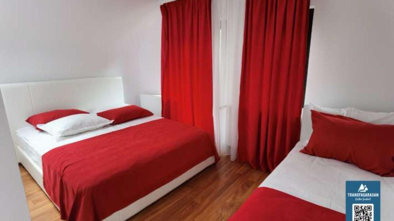 Apartament 402 Hotel Piscul Negru Transfagarasan Romania