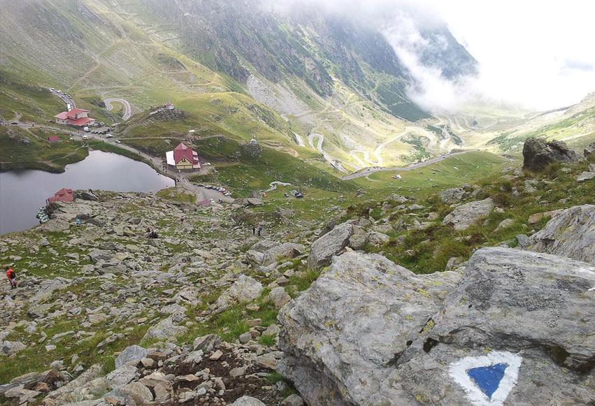 Traseu Bâlea Cascadă - Șaua Caprei (4 ore)