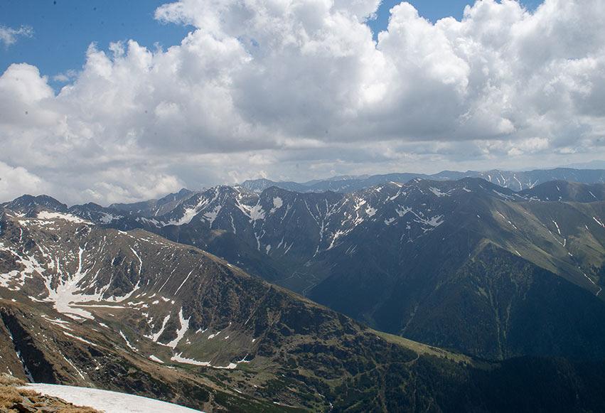 Traseu Piscul Negru - Vârful Lespezi (5 ore)