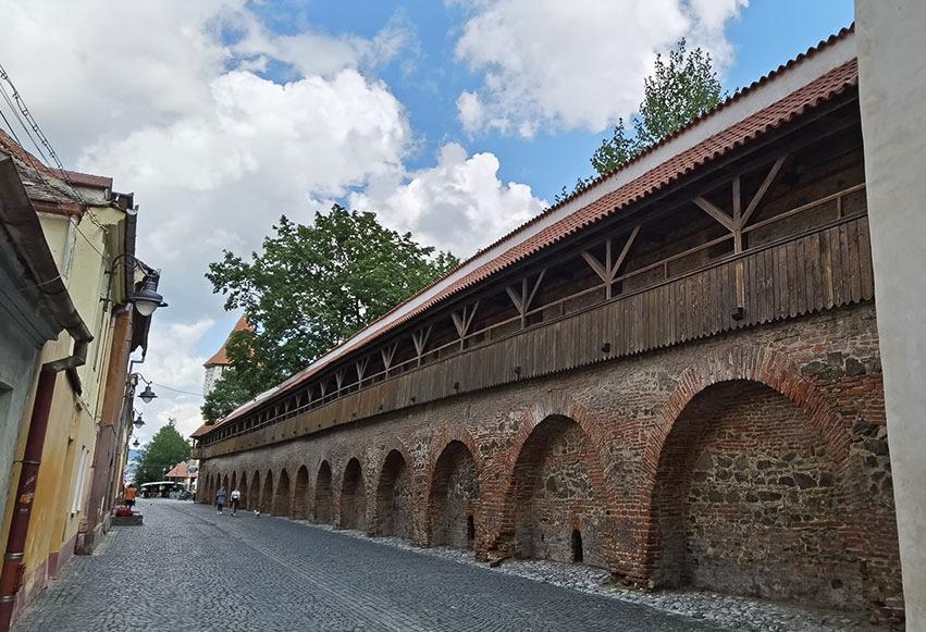 Zidul de pe Strada Ceta?ii din Sibiu