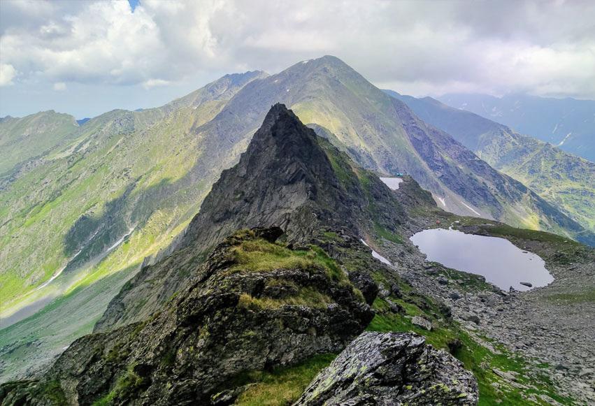 Traseu Vârful Negoiu prin Porumbacu de Sus (2 zile)